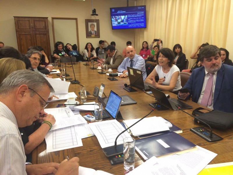 Comisión de Salud aprueba el uso medicinal de marihuana para pacientes con epilepsia refractaria