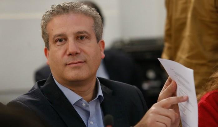 Diputados DC rechazan salida del Director del INDH