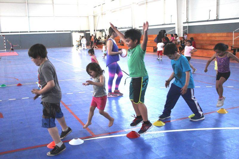 Estimulan estilos de vida saludables en menores de 6 años