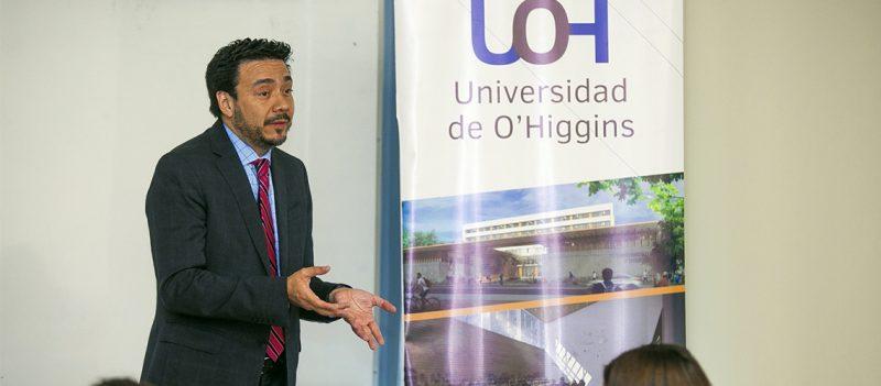 Fiscal Regional dictó charla a estudiantes de Derecho de la Universidad de O'Higgins