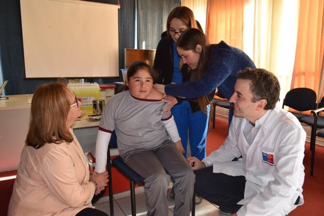 En Chépica se dio inicio a la vacunación escolar contra el Virus Papiloma Humano