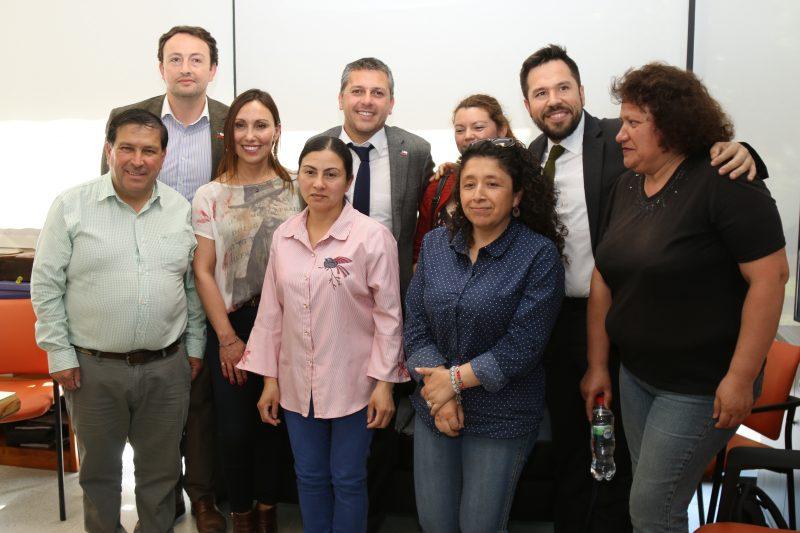 Intendente Masferrer anuncia a familias de Colchagua la entrega de sus subsidios que esperaron por 15 años