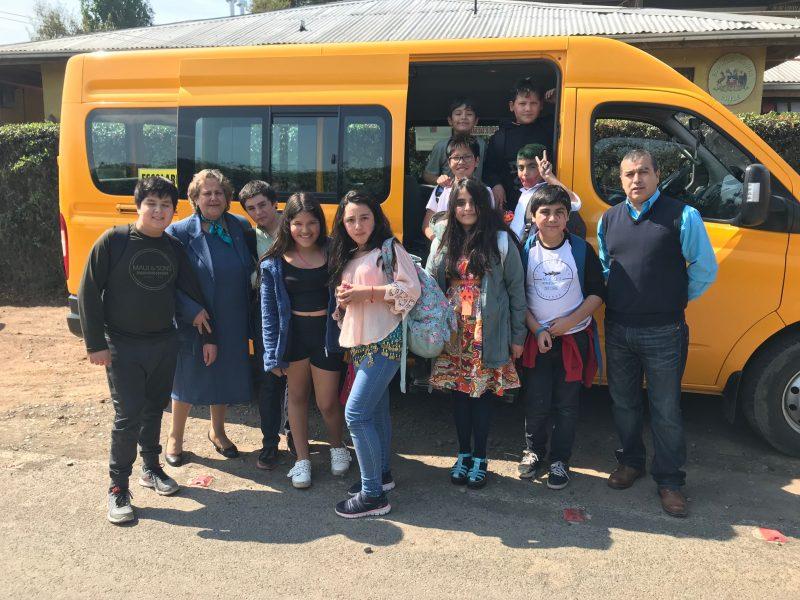 Estudiantes de 24 comunas tendrán transporte subsidiado por el Mineduc