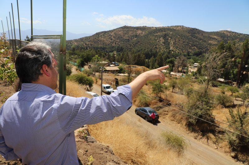 Agua potable, electricidad y pavimentación de calles: las mejoras que tendrán las familias del Campamento Los Peumos de Machalí