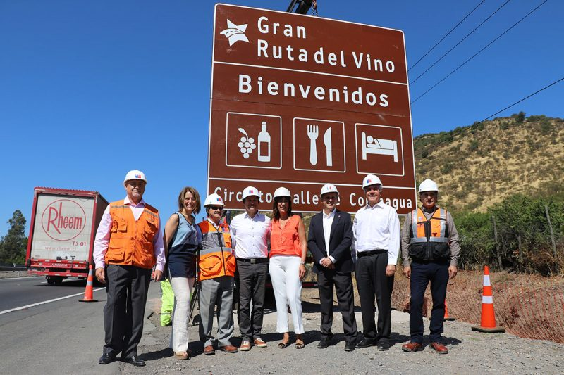 Ruta del Vino de Colchagua cuenta con nueva señalética turística