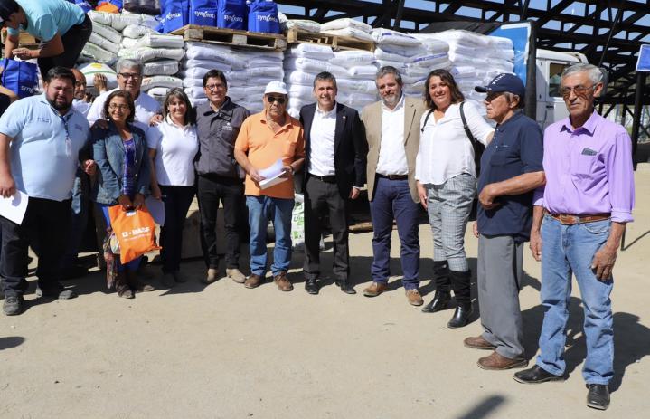 Intendente Masferrer inició entrega de bonos de fortalecimiento a más de 7.000 pequeños agricultores de O'Higgins