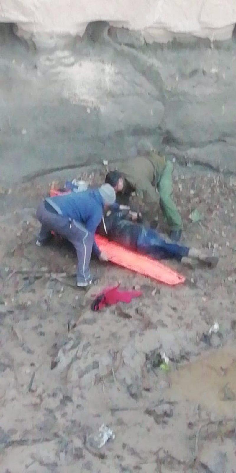 Carabineros rescata a mujer  que cae a canal del Cerro San Juan