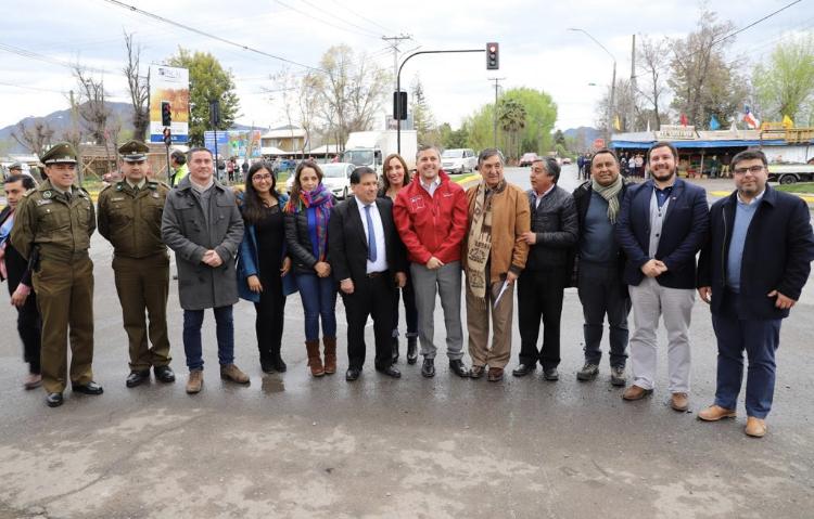 Nancagua: Intendente pone en marcha anhelado semáforo en Cruce Jaramillo-Ruta 90 buscando mayor seguridad para las personas
