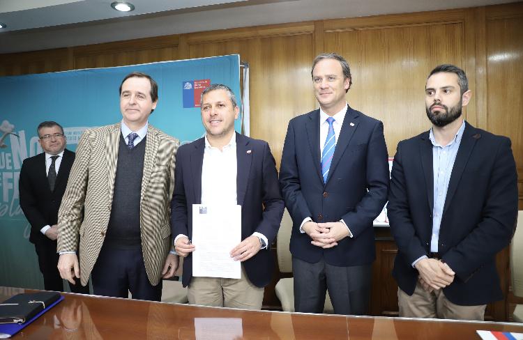 Anuncian resolución que fijará acceso vehicular a Playa Mónaco de Pichilemu