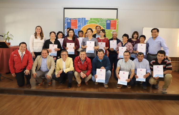 Familias de San Vicente y Pichidegua reciben su subsidio de eficiencia energética del programa Hogar Mejor del Minvu