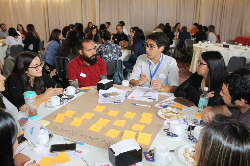 Capacitan a profesionales municipales de Colchagua que ejecutan programas de Desarrollo Social