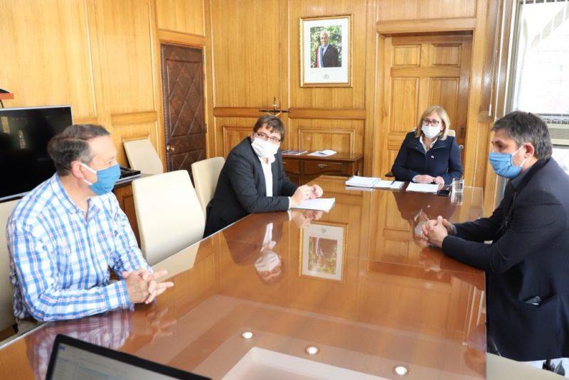 Intendenta Rebeca Cofré anuncia 12 mil 900 millones en ayuda de municipios de la región
