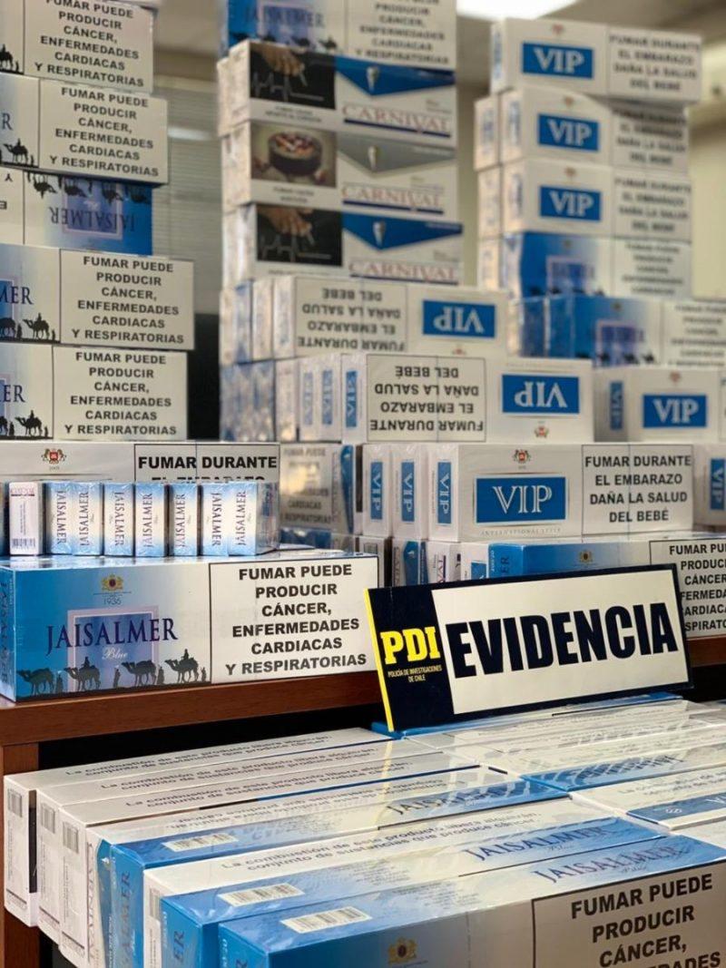 PDI detiene a sujeto con 1600 cajetillas de cigarros de contrabando en Rancagua.