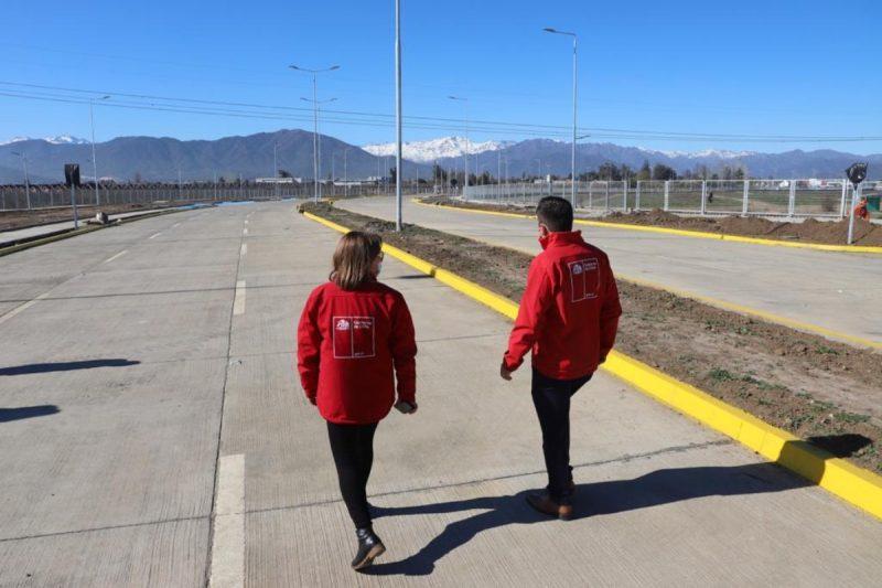 Intendenta Cofré y Seremi de Vivienda inspeccionan conexión vial Rancagua-Machalí y confirman fecha de entrega para octubre